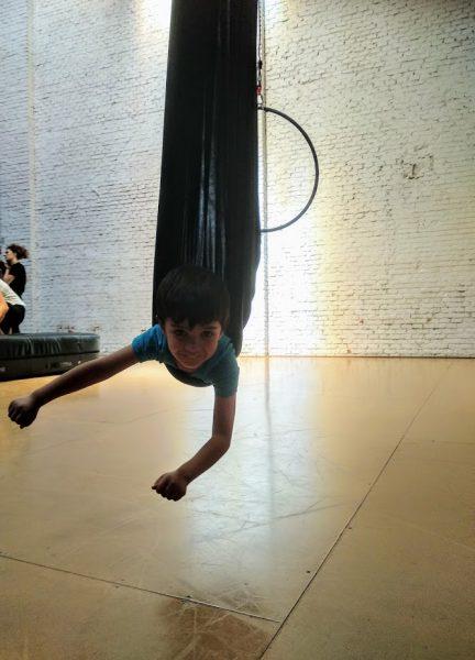 Danza aérea con niños, Danza aérea con niños en Madrid, Viajar despeina