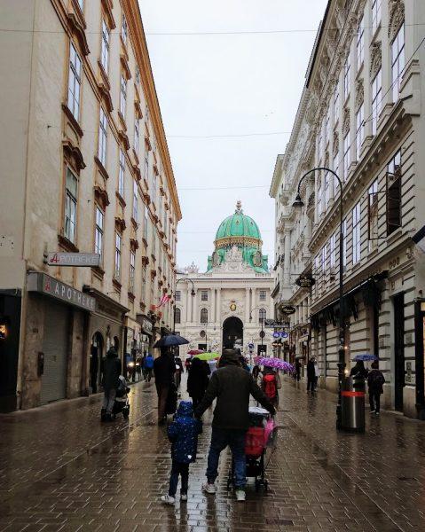 Dos días en Viena con niños, Dos días en Viena con niños, Viajar despeina