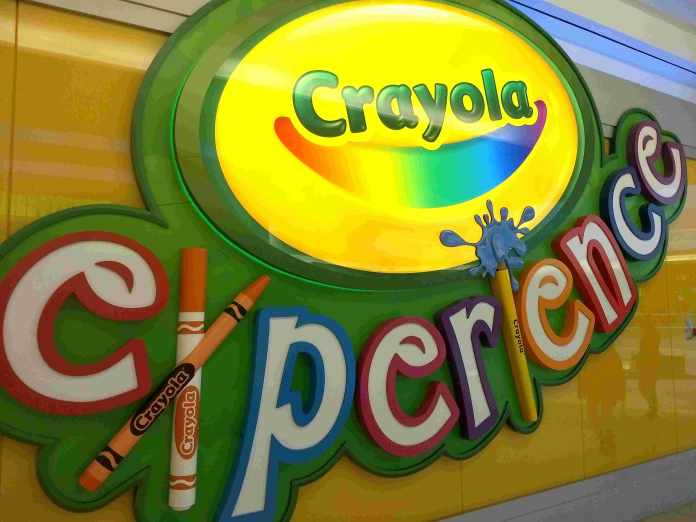 dfdf36cbd8 Como foi nossa visita ao Crayola Experience Viajar e Brincar