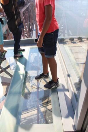 pilar 7 chao vidro