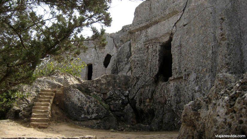Necrópolis Cala Morell en Menorca