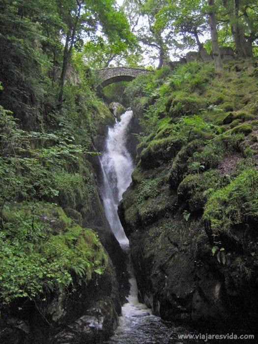 Cascada Aira Force en Lake District