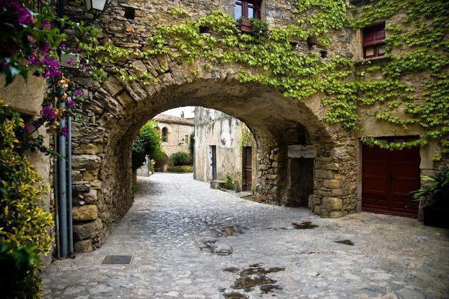 Peratallada, uno de los pueblos más bonitos de Cataluña