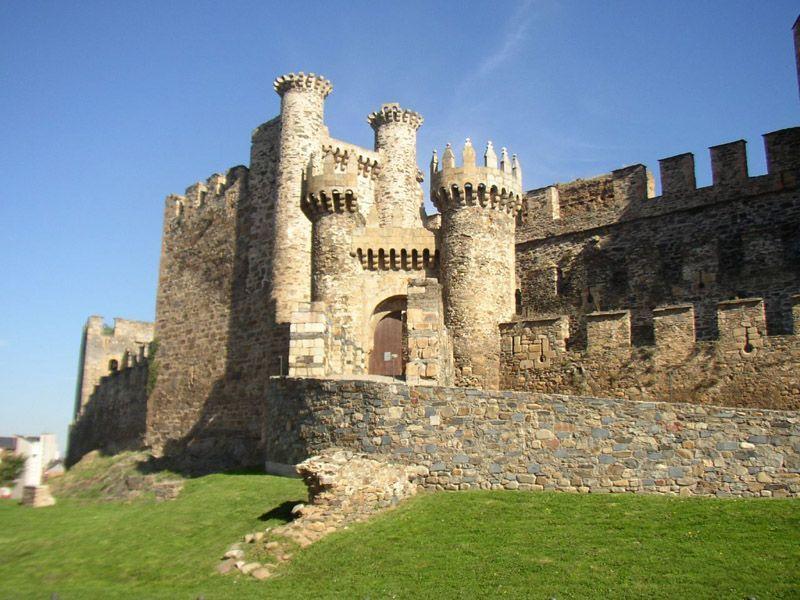 Viajaresvida - Castillo de Ponferrada
