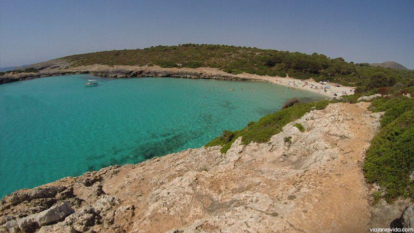 Cala Varques. Playa virgen que ver en Mallorca