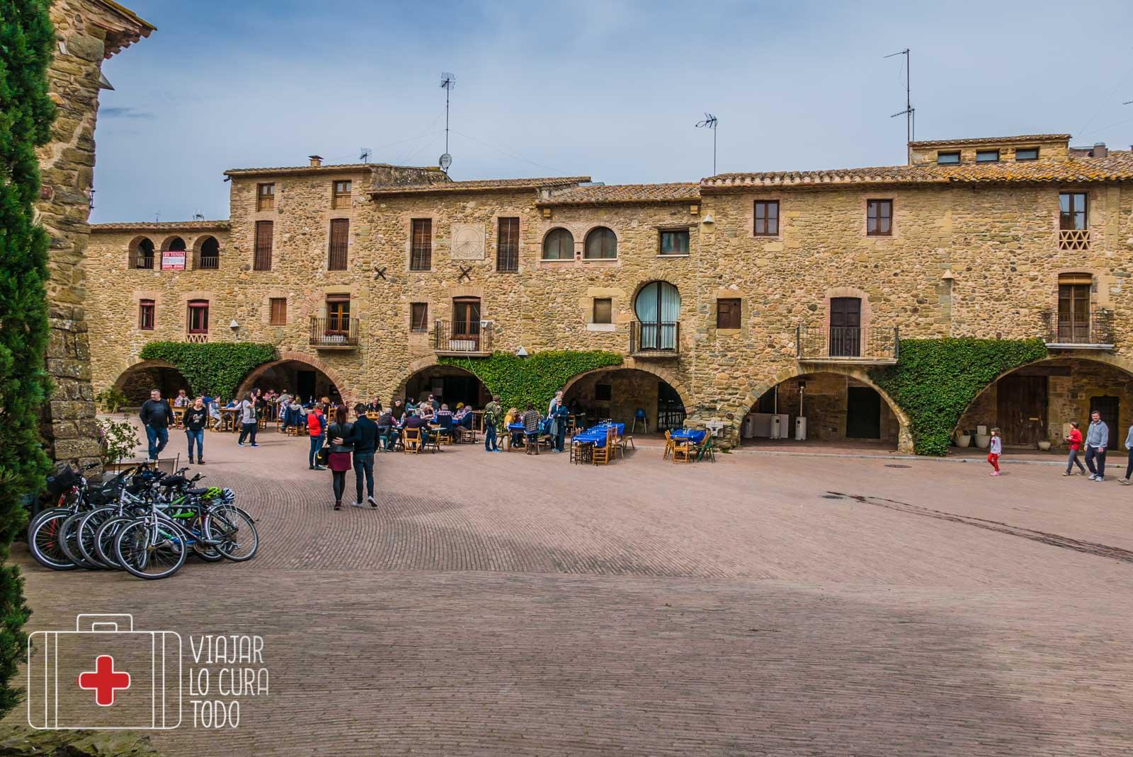 plaza monells
