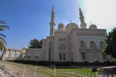mezquita jumeirah dubai