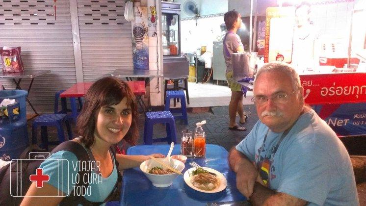 Cenando en Chinatown, después del susto