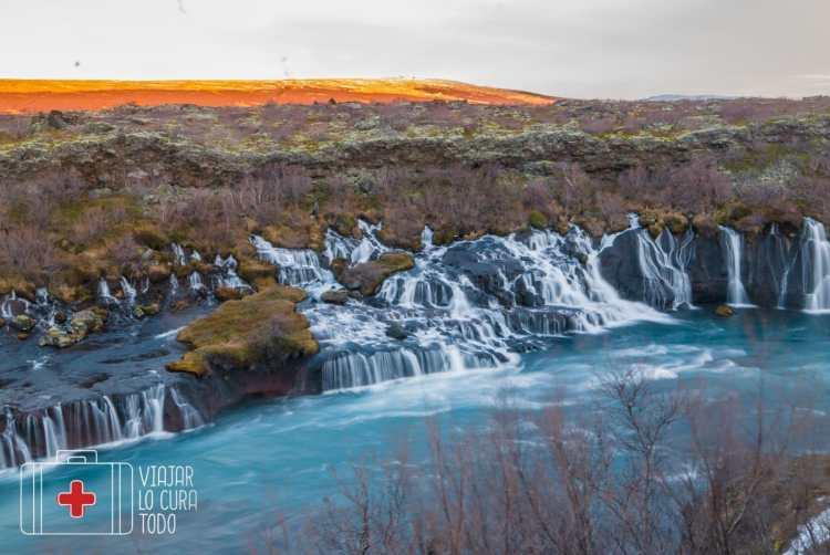 cascada hraunfossar islandia