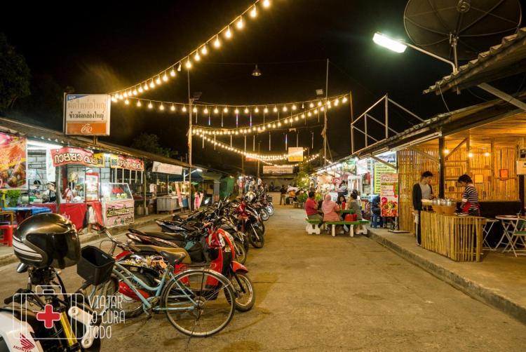 night market mae sot