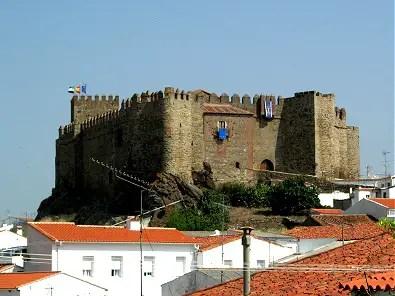 Castillo de Segura de León. Viajar por Extremadura