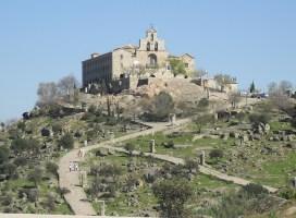 El CD Vadilleros y trabajadores de El Corte Inglés de Jaén organizan una subida a la Virgen de la Cabeza