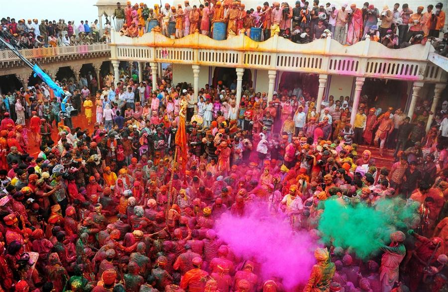 pb-130322-india-holi-nj-03.photoblog900