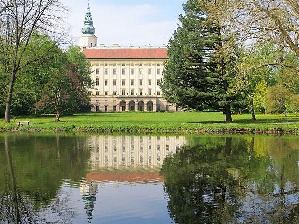 archbishop-s-chateau