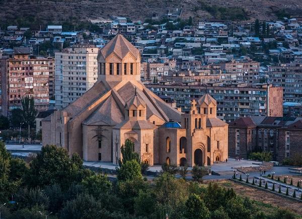 Ereván, un destino para fans de la historia
