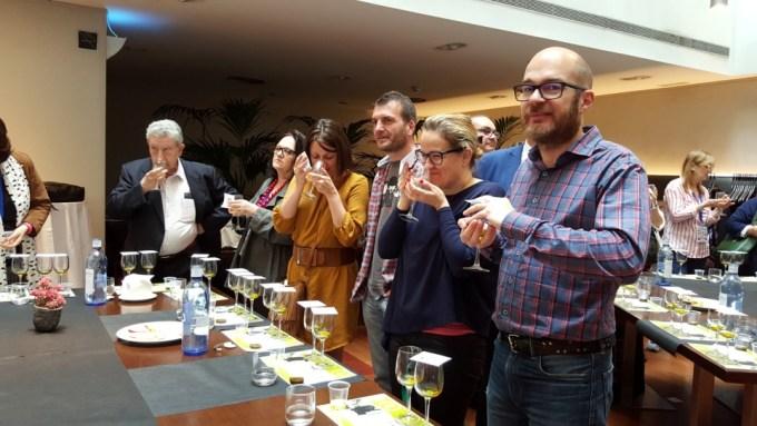 Cata de Aceites de Oliva Virgen Extra (AOVE) de la Subbética