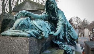 Cementerio de Pere Lachaise. El cementerio usado como parque.