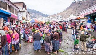 Una mañana en el Mercado de Almolonga – Guatemala.