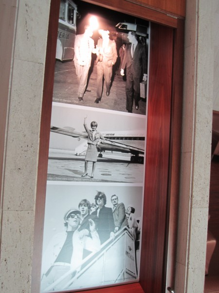 Detalle de algunas de las fotos en las columnas de la estructura central