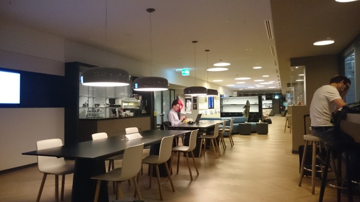 Zurich ZRH airport - Oneworld y Skyteam Lounges Priority Pass-10