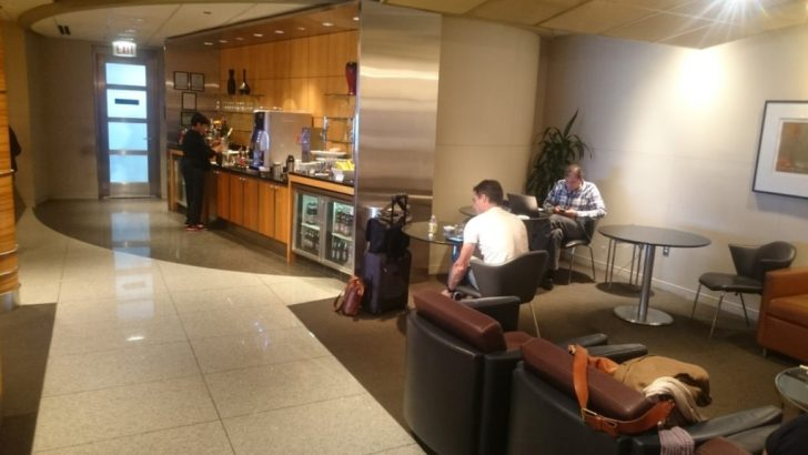 Flagship Lounge ORD - American Airlines-029