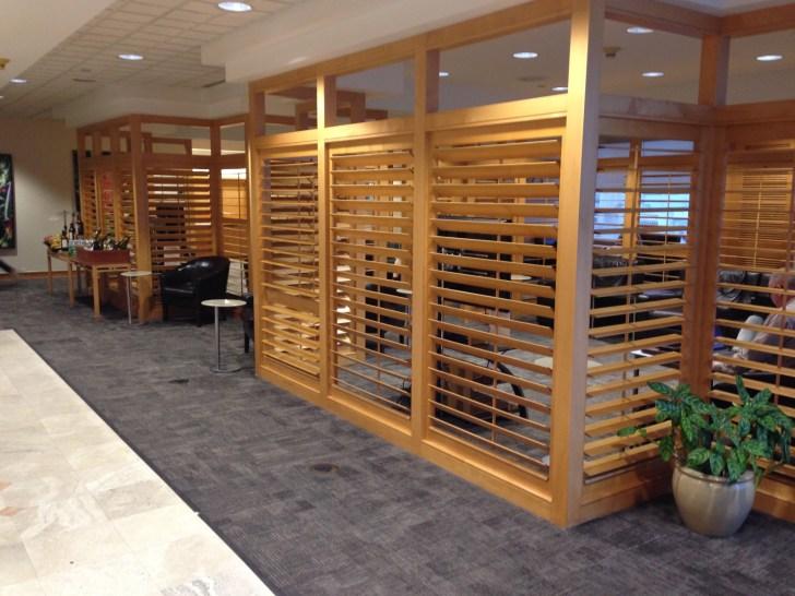 Sala VIP lounge oneworld en Terminal E de Miami - MIA-56