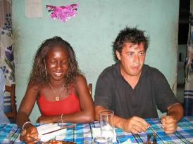 Cenando con un nuevo miembro de la ONG