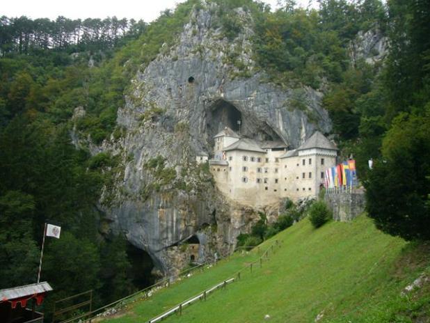 Castillo de Postojna en Eslovenia