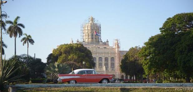 clase de salsa en la Habana