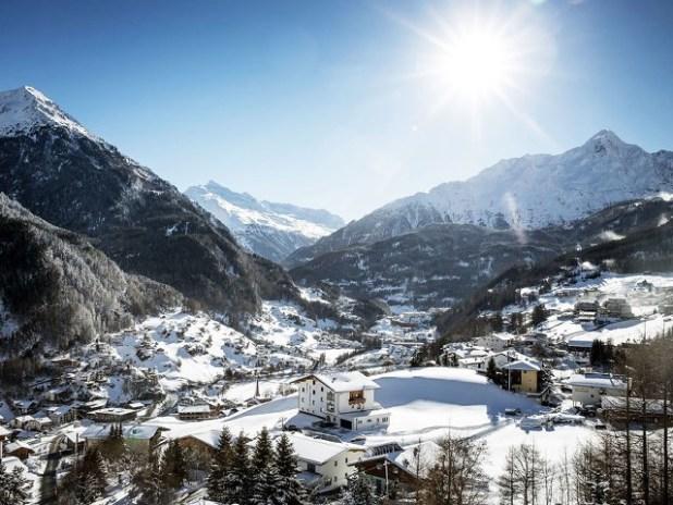El pueblo de Solden en Austria