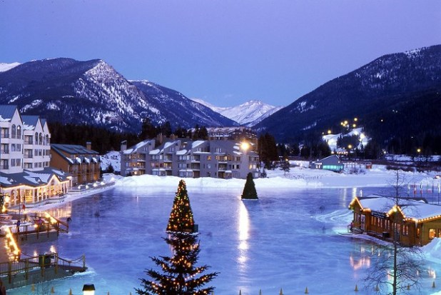 Lago helado en  Beaver Creek (Colorado)