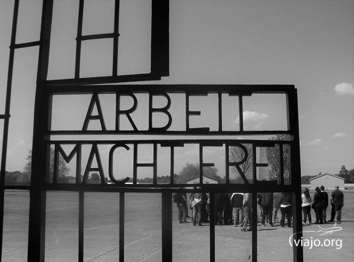 Sachsenhausen - Arbeit Macht Frei