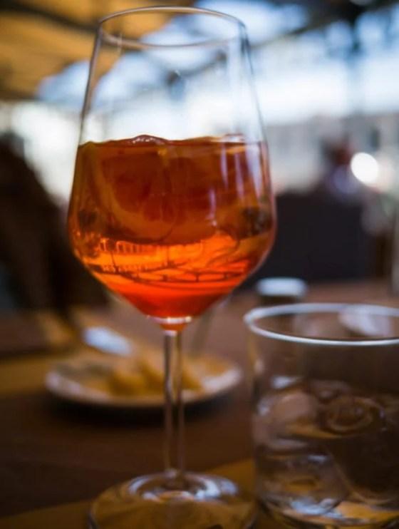drinks europeus que são a cara do verão Aperol