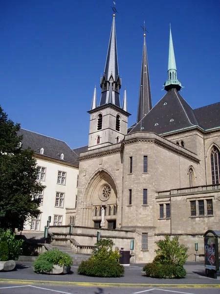 Luxemburgo Catedral de Notre Dame1