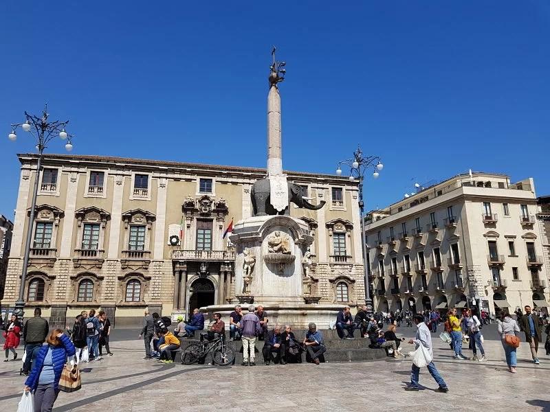Atrações de Catânia Piazza Duomo