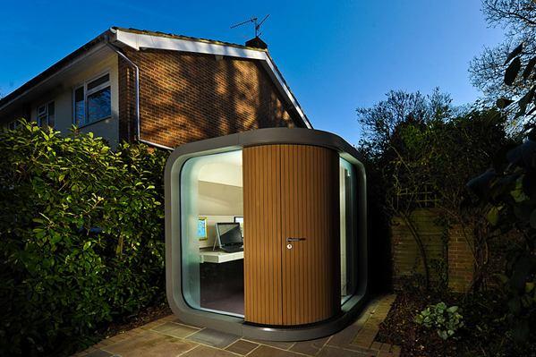 Mini oficina en el jardín
