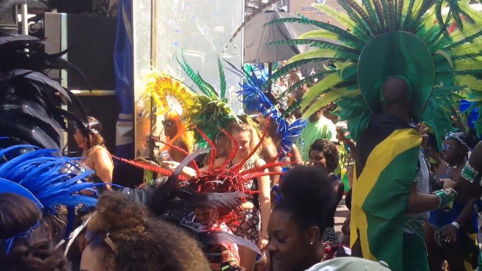 """still from """"Carnival"""""""