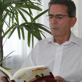 Sérgio Munhoz, Professor e ex-diretor da Mercedes-Benz