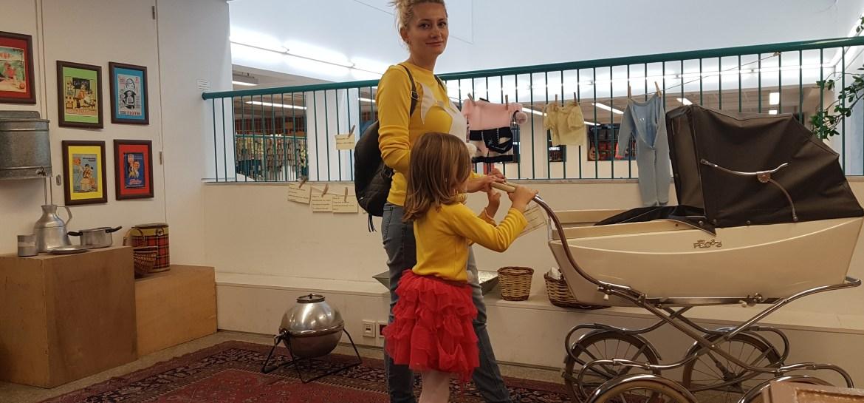 Atena cu copii