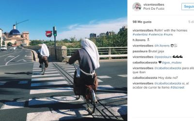 Bicis, motos, coches, peatones, autobuses… y su difícil convivencia en Valencia