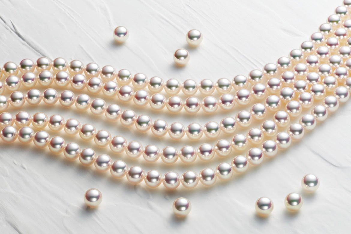 Pearls and delights by Meneghetti