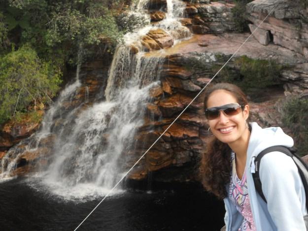 Eu na cachoeira do Poço do Diabo. Foto: Adelia Ribeiro