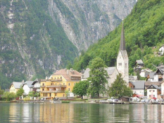 casas hallstatt lago