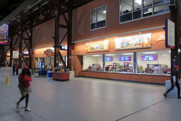 Lanchonetes corredores estádio Phillies