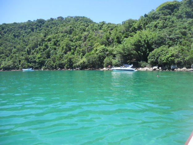 meia volta ilha grande lagoa verde