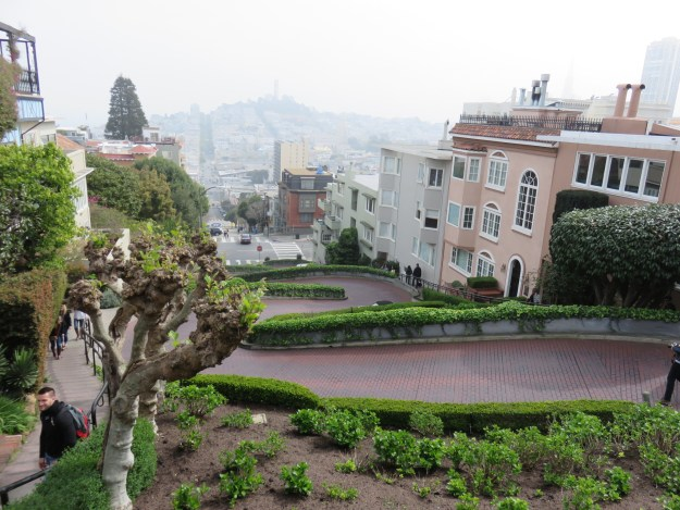 A Lombard Street, no trecho chamado Crookedest Street. Foto: Guilherme Calil