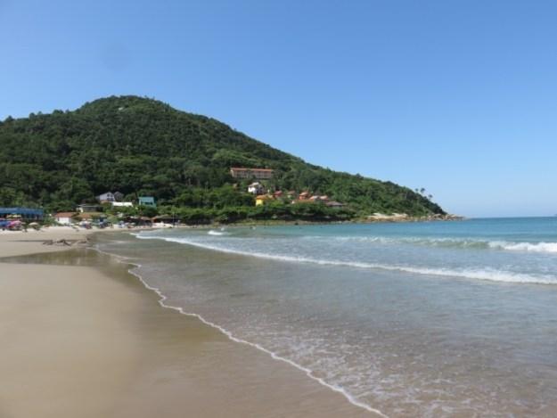 praias de bombinhas quatro ilhas
