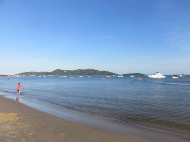 praias de bombinhas zimbros