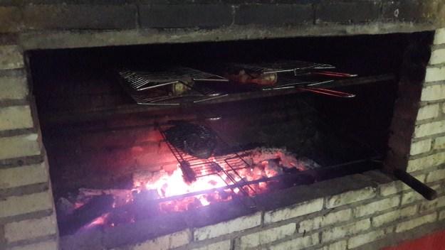Peixe na brasa no restaurante do Chapolin. Foto: Marcelle Ribeiro.
