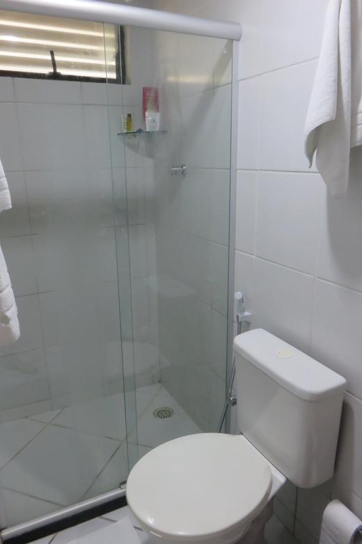 banheiro hotel Akrópolis joão pessoa